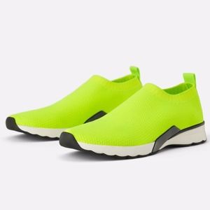 🎾 NWT Zara Fluorescent Lime Green Fabric Sneakers